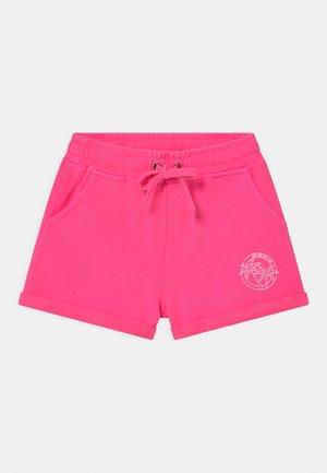 PEARL  - Shorts - fuchsia