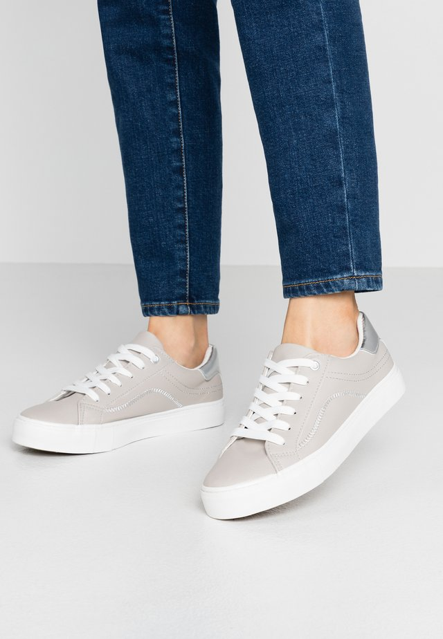 MEDLEY - Zapatillas - mid grey