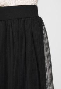 Even&Odd Petite - A-snit nederdel/ A-formede nederdele - black/black - 4