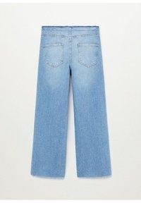 Mango - FRAYED - Flared Jeans - medium blue - 1