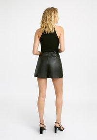 Kookai - Shorts - z2-noir - 2