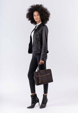NETTY - Handbag - brown 200