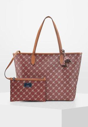 CORTINA LARA - Handbag - burgund-braun