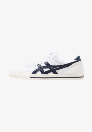 AARON - Sneakers - white/midnight