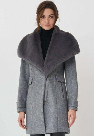 LISBOA - Short coat - grau