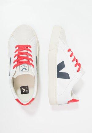 ESPLAR SMALL LACE - Trainers - extra white/nautico pekin