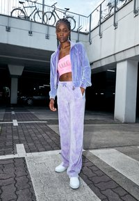 Juicy Couture - TINA TRACK PANTS - Trainingsbroek - pastel lilac acid wash - 1
