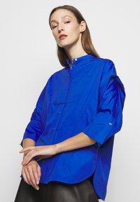 WEEKEND MaxMara - NATIVA - Button-down blouse - lichtblau - 5