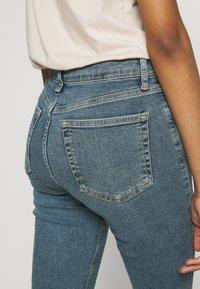 Topshop - ALABAMA JAMIE  - Jeans Skinny Fit - green cast - 4