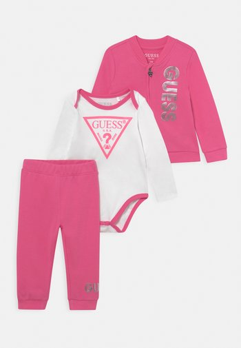 TAKE ME HOME SET - Dres - pop pink