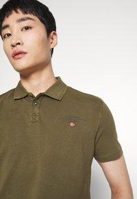 Napapijri - ELLI - Polo shirt - green way - 3