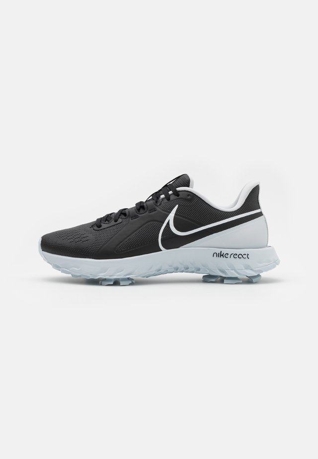REACT INFINITY PRO - Golfskor - black/white/metallic platinum
