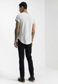 G-Star - 3301 STRAIGHT - Straight leg jeans - rinsed - 2