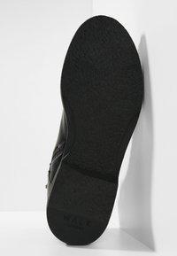 Walk London - JAZZ LACE UP BOOT - Šněrovací kotníkové boty - black - 4