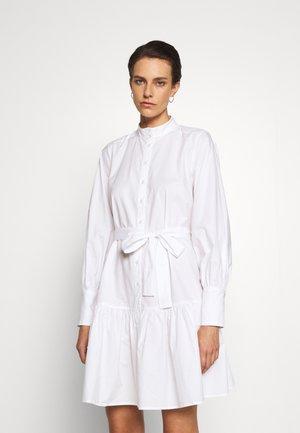 ROSIE OTHILIE DRESS - Sukienka koszulowa - white