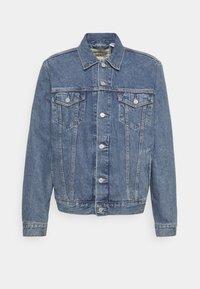 WELLTHREAD TRUCKER - Denim jacket - med indigo