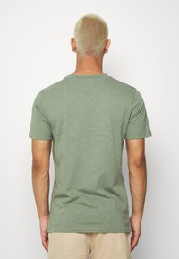 KnowledgeCotton Apparel - ALDER BIG TEE - T-Shirt print - mottled green - 2