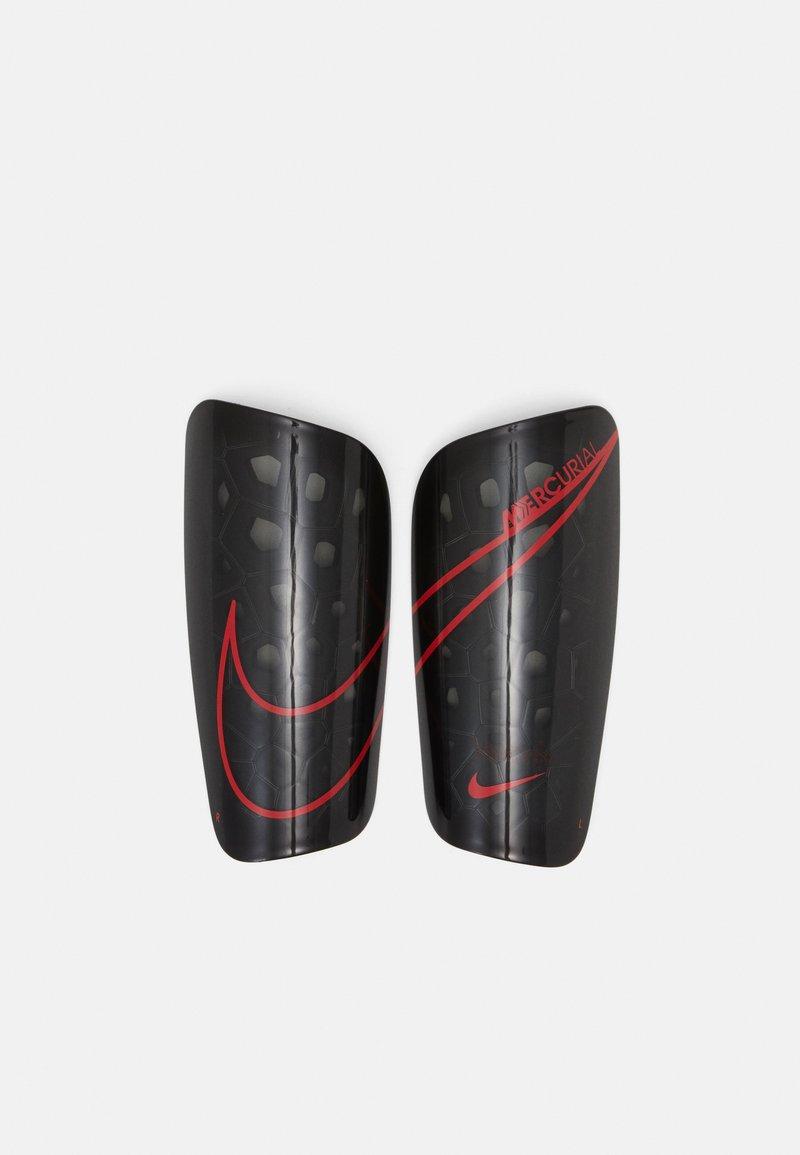 Nike Performance - MERCURIAL LITE UNISEX - Shin pads - black/chile red