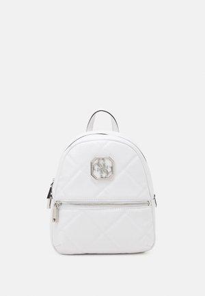 DILLA BACKPACK - Batoh - white
