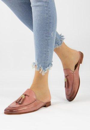 SCARLETT - Pantolette flach - rose