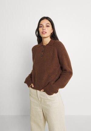 Strikkegenser - brown dark unique
