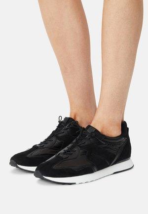 RUSH - Sneakersy niskie - schwarz