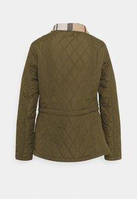 Barbour - MILLFIRE QUILT - Zimní bunda - olive/hessian - 2