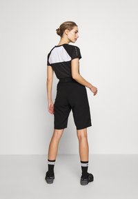 Giro - ARC SHORT - kurze Sporthose - black - 2