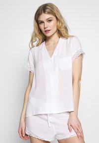 Pour Moi - SPOT MIX REVERE COLLAR - Pyjamasoverdel - white - 0