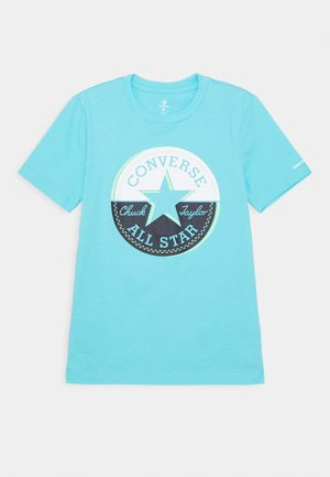 SHORT SLEEVE CHUCK PATCH GRAPHIC - Camiseta estampada - bleached cyan