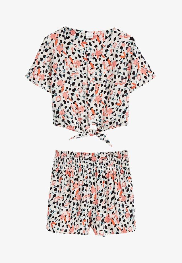 RUST ANIMAL PRINT CO-ORD T-SHIRT AND SHORTS SET (3-16YRS) - Shorts - multi-coloured