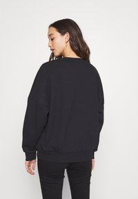 Even&Odd - OVERSIZED CREW NECK SWEATSHIRT - Sudadera - black - 4