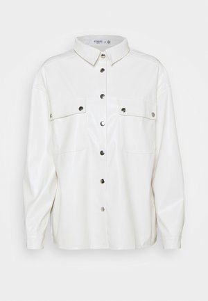 POCKET DETAIL - Button-down blouse - white