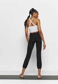 Deha - JOGGER PANTS - Tracksuit bottoms - black - 2