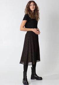 Indiska - ROS LUREX - A-line skirt - black - 5