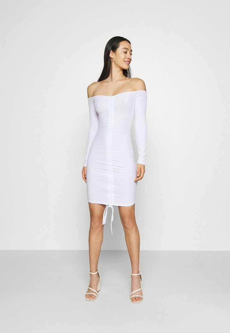 Missguided - RUCHED FRONT MINI - Robe en jersey - white