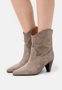 CLOSED - LICORICE - Cowboy/biker ankle boot - clay - 0