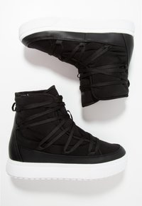 Native - CHAMONIX - Lace-up ankle boots - jiffy black/shell white - 1