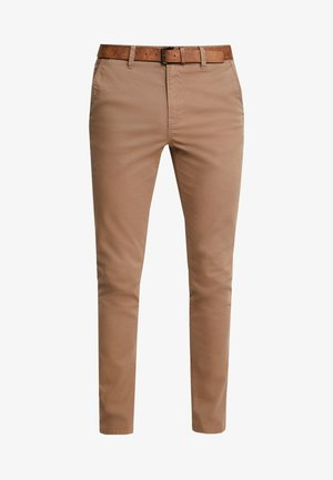 WITH BELT - Pantalones chinos - honey camel beige