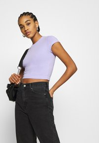 Weekday - SABRA 2 PACK - T-shirts - lilac/white - 4