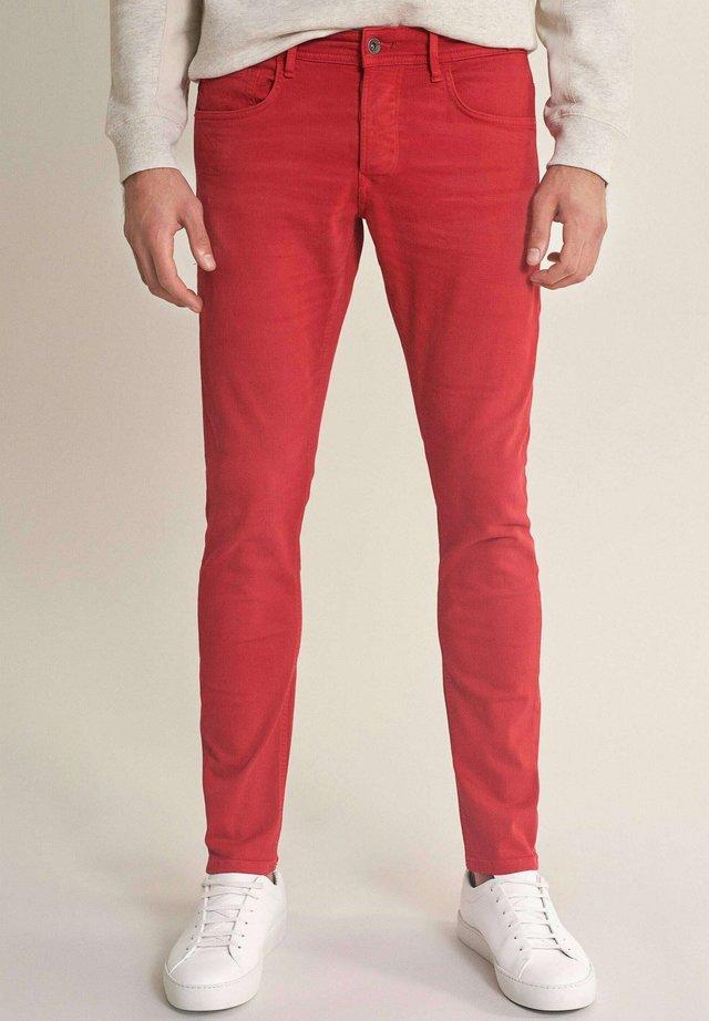 SKINNY  - Jeans Skinny Fit - rot