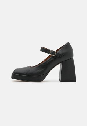 Plateaupumps - black