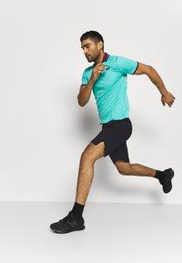 Craft - CORE CHARGE SHORTS - Sports shorts - black - 3