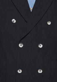 Frescobol Carioca - COOTON DECONSTRUCTED BLAZER - Blazer jacket - dark navy - 6