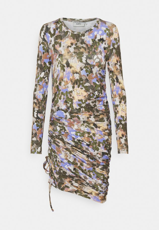 BALINA - Sukienka etui - lavender blue