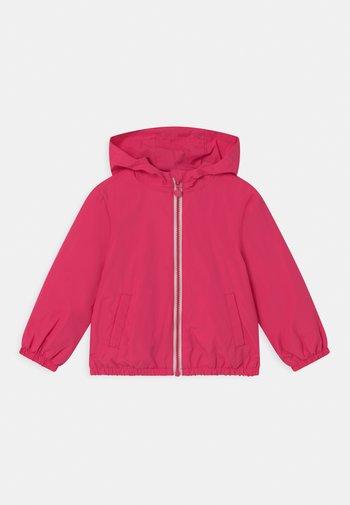 RAIN  - Waterproof jacket - fuchsia purple