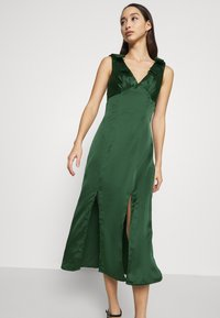 Chi Chi London - PAOLA DRESS - Cocktail dress / Party dress - green - 5