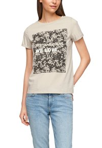 QS by s.Oliver - MIT FRONTPRINT - Print T-shirt - beige - 5