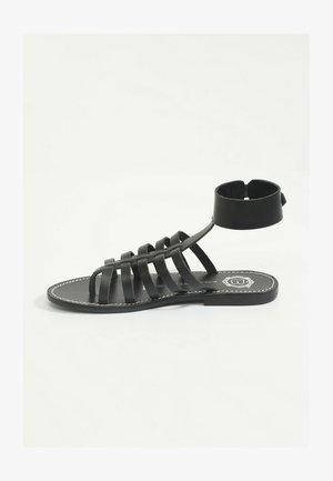 WAYLON  - Sandales classiques / Spartiates - black