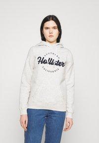 Hollister Co. - CHAIN TECH CORE - Hoodie - grey - 0